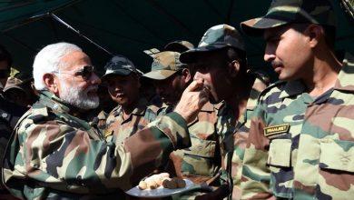Photo of मोदी सरकार ने अंतिम बजट में खोला खजाना, सैनिकों की बढ़ाई राशि