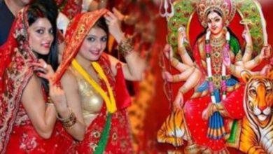 Photo of नवरात्रि में सुहागिन महिलाएं गलती से भी न करें ये काम, देवी हो सकती हैं नाराज़