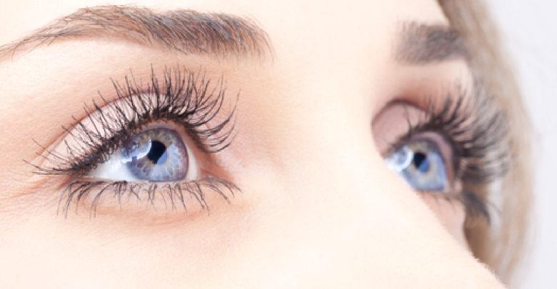 Photo of घर में बना काजल होता है आंखों के लिए वरदान, जानें इसे इस्तेमाल करने का तरीका