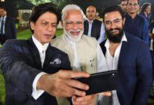 Photo of पीएम मोदी संग सेल्फी के लिए उत्साहित दिखा बॉलीवुड