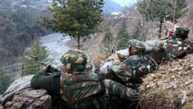 Photo of पाकिस्तान ने किया सीज़फायर का उल्लंघन, दो जवान शहीद व एक नागरिक की मौत