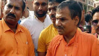 Photo of हिन्दू समाज पार्टी के नेता कमलेश तिवारी हत्याकांड के मुख्य आरोपियों को लिया गया हिरासत में