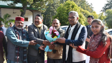 Photo of वन विश्राम गृह पहुंचे सीएम त्रिवेंद्र, सुनी जनता की समस्याएं