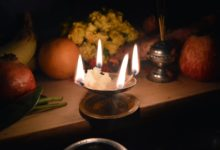 Photo of किसी भी भगवान के आगे दीपक जलाने से पहले जान लीजिए ये ज़रूरी बातें