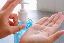 Photo of हैंड सैनिटाइजर ऐसे करता है कीटाणुओं का सफाया, ज्यादा यूज भी खतरनाक