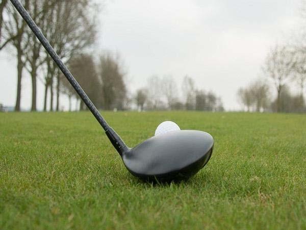 गोल्फ कोर्स