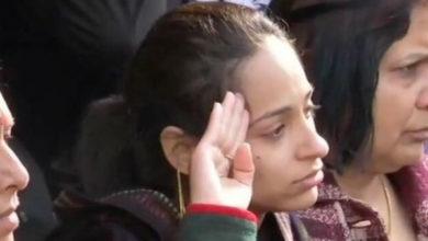Photo of इस शहीद की पत्नी ने किया ऐसा काम कि आप सिर झुकाकर करेंगे सलाम