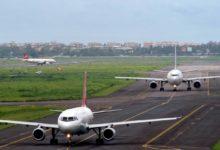 Photo of सोशल डिस्टेंसिंग के नए नियमों के साथ देश में शुरू हुई हवाई सेवाएं