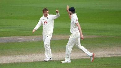 Photo of इंग्लैंड के गेंदबाजों ने दूसरी पारी में पाकिस्तानी बल्लेबाजी की तोड़ी रीढ़