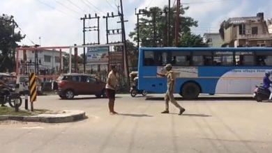 Photo of Uttarakhand : आखिर क्यों गले में पेचकस ठोक रहा था युवक…