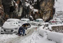 Photo of उत्तराखंड के पहाड़ी क्षेत्रों में बर्फबारी और बारिश ने बढ़ाई ठंड