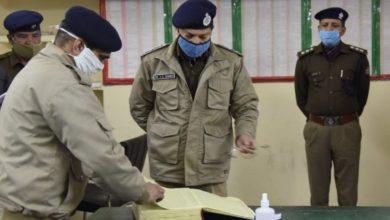 Photo of देहरादून के नए एसएसपी योगेंद्र सिंह रावत ने किया पुलिस लाइन का आकस्मिक निरीक्षण