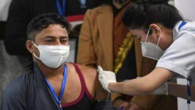 Photo of उत्तर प्रदेश में 60,000 से अधिक फ्रंट लाइन कर्मियों को लगी कोरोना वैक्सीन