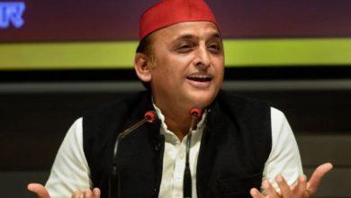 Photo of अखिलेश का सीएम योगी पर निशाना, कहा- आप लाल टोपी से क्यों करते हैं
