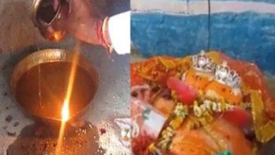 Photo of भारत के इस मंदिर में तेल नहीं पानी से जलता है दीपक