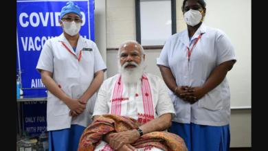 Photo of कोरोना वैक्सीन लगवाने के बाद पीएम मोदी ने नर्स से कही ये बात