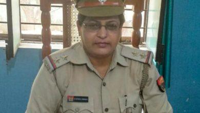 Photo of हरदोई: महिला फरियादी से रिश्वत मांगना पड़ा भारी, एसओ सुधा सिंह निलंबित