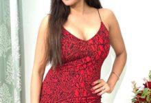 Photo of एक्ट्रेस मोनालिसा की शार्ट ड्रेस में वायरल हुई तस्वीर, खूबसूरती के कायल हुए फैंस