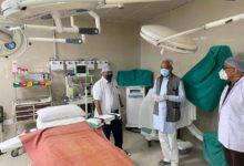 Photo of विधायक डॉ नीरज बोरा ने संयुक्त चिकित्सालय ठाकुरगंज में चिकित्सीय सुविधाओं एवं कोरोना वैक्सीनेशन की जानकारी ली