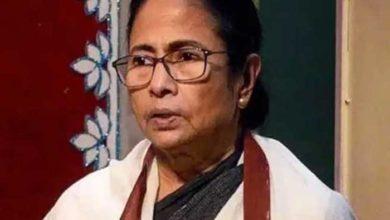 Photo of बंगाल की मुख्यमंत्री ममता बनर्जी के भाई असीम बनर्जी का निधन, कोरोना से थे संक्रमित