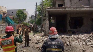 Photo of लश्कर आतंकी हाफ़िज़ सईद के घर के सामने जोरदार धमाका, 2 लोगों की मौत, 17 घायल