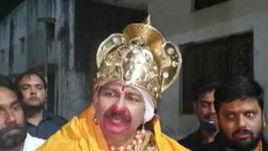 Photo of बीजेपी सांसद मनोज तिवारी ने केजरीवाल को बताया रावण, कहा- समझा रहा हूं इसको अन्यथा ना लिया जाए